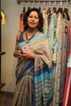 https://theideamakers.files.wordpress.com/2017/10/indian-kathak-dancer-shovana-narayan.jpg