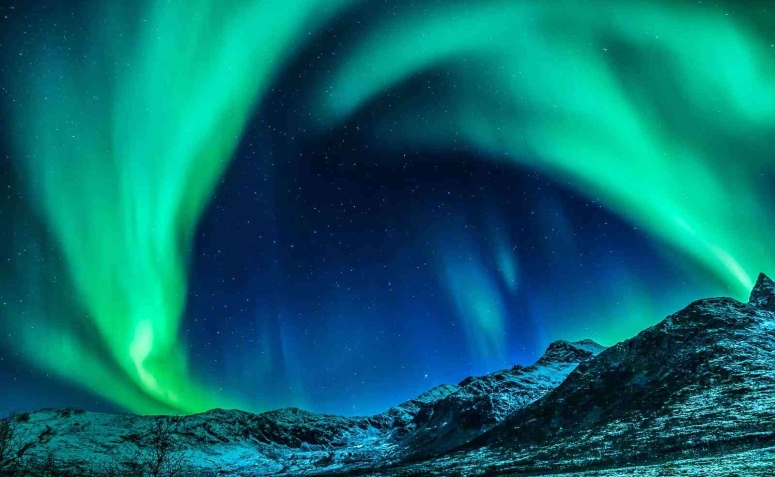 BEST TIME TO WITNESS THE NORTHERN LIGHTS